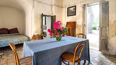 Sicilia casa vacanza felicita di villa valguarnera for Case bagheria