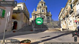 Photo Sphere Panorama of holidays in Sicily: Piazza Duomo in Ragusa