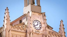 In Agrigento you will find one of the oldest public clocks of Sicily