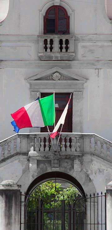 Ich habe schon bezahlt italienisch